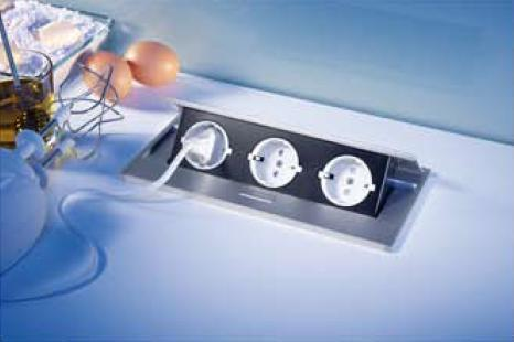 Versenkbare Steckdose Thebo APS 11- 17126 S - Design-Einbauleuchten.de