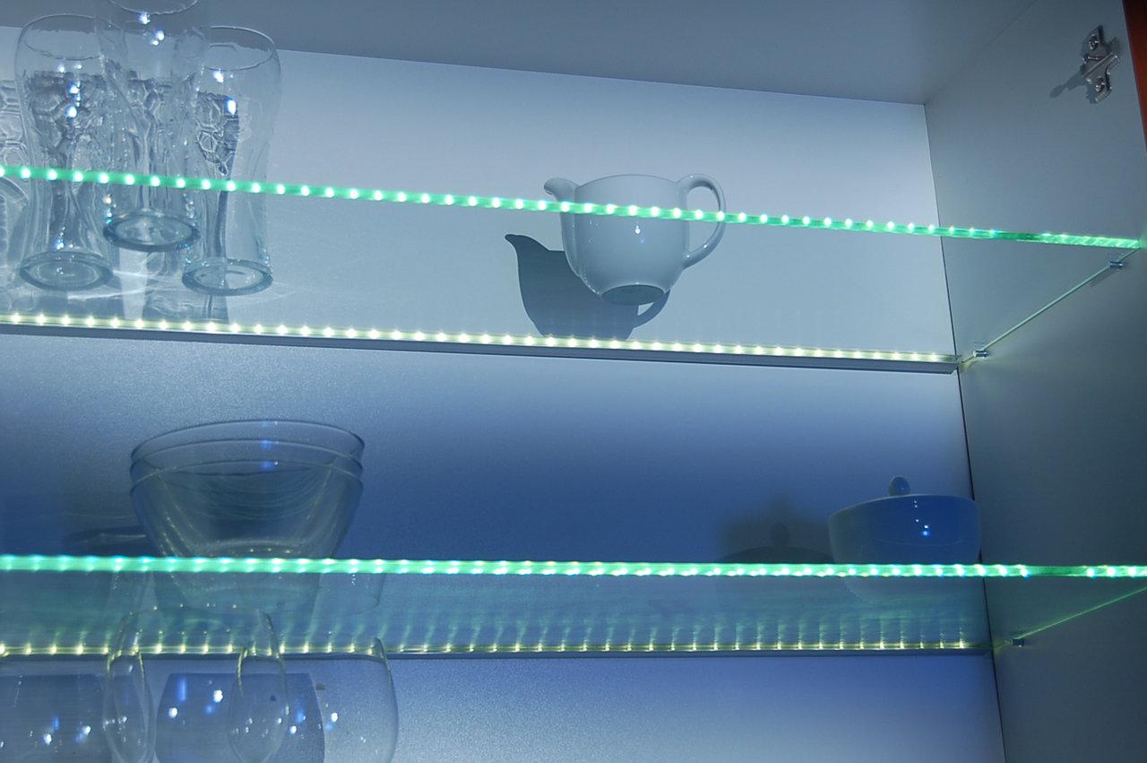 thebo led 71 glassplatten alu profil kaltweiss design. Black Bedroom Furniture Sets. Home Design Ideas